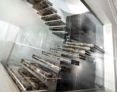 Внутренние лестницы из камня