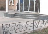 Уличная лестница из гранита Black Galaxy в здании банка